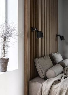 Home Decor Wall Decor ideas for a warm and cozy bedroom design that feels like a sanctuary during this time of confinement. Decor Wall Decor ideas for a warm and cozy bedroom design that feels like a sanctuary during this time of confinement. Wood Slat Wall, Wood Slats, Wood Slat Ceiling, Accent Wall Bedroom, Wood Bedroom, Bedroom Decor, Wall Decor, Resurface Countertops, Home Design