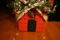 For Snoopy & Peanuts Lovers... Mickey/Minnie too! - YuleLog Ornament Collector's Bulletin Board