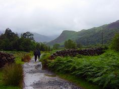 Walking from Sygun Copper Mine to Beddgelert Wales Snowdonia, Aberystwyth, Great Walks, Looking Out The Window, Cymru, North Wales, World Traveler, Beautiful Landscapes, To Go