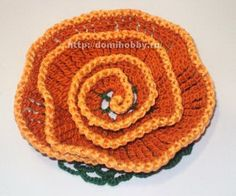 Knitted flowers in a spiral Butterfly Flowers, Lace Flowers, Fabric Flowers, Freeform Crochet, Crochet Motif, Crochet Patterns, Flower Granny Square, Fillet Crochet, Knitted Flowers