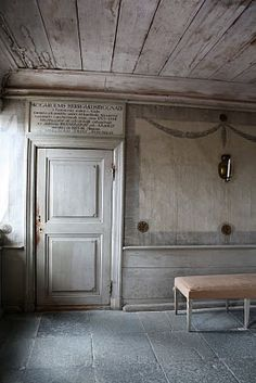 This Gustavian century room gives you a clear indication of Gustavian interiors. -- For more information, visit image link. Swedish Decor, Swedish Style, Swedish House, Swedish Design, Nordic Style, Swedish Interiors, Scandinavian Interior, Scandinavian Design, Antique Interior