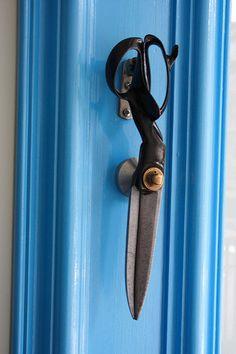 Antique dummy door handles, forged bronze Corbin Cairo design with door panels, 2 each, approx. Door Knockers Unique, Door Knobs And Knockers, Black Door Handles, Knobs And Handles, Cool Doors, Unique Doors, Door Accessories, Black Doors, Door Furniture