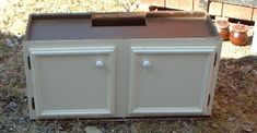 repurposed+kitchen+cabinet.JPG (320×166)