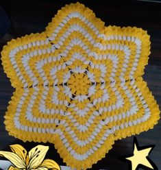 Crochet Designs, Crochet Patterns, Ladoo Gopal, Unique Crochet, Crochet Fashion, Stars And Moon, Winter Dresses, Hobbies And Crafts, Home Crafts