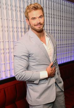 Kellan Lutz Photos: Related Garments Dinner at MEGUYou can find Kellan lutz and more on our website.Kellan Lutz Photos: Related Garments Dinner at MEGU Celebrity Haircuts, Celebrity Crush, Celebrity Babies, Celebrity Photos, Best Dressed Man, Sharp Dressed Man, Beautiful Men Faces, Gorgeous Men, Beautiful People