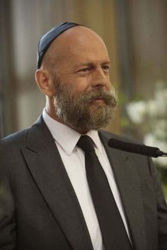 Bruce Willis - Disastro a Hollywood  2008 http://www.filmtv.it/film/37861/disastro-a-hollywood/foto/236926/