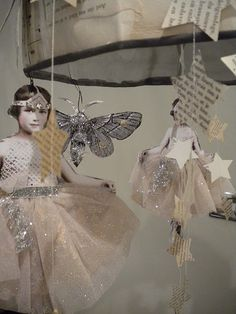 Sea Angels: Time to bring out the Christmas Fairies. I love this idea. Christmas Sale, Vintage Christmas, Christmas Crafts, Christmas Recipes, Paper Art, Paper Crafts, Diy Crafts, Paper Glue, Paper Ribbon