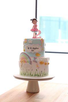 Rainbow birthday cake - www.mutludukkan.com