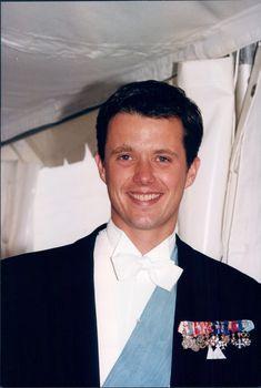 Prince Frederik Of Denmark, Pulsar, Mary, Crown, Antique Photos, Corona, Crowns, Crown Royal Bags