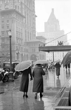 [Looking west on Georgia Street from Granville Street on a rainy day 1930 ] | by City of Vancouver Archives