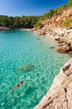 IBIZA Has a truly magical energy - I love it! Best beaches Ibiza - Cala Salada north of San Antonio Best Honeymoon Destinations, Dream Vacations, Vacation Spots, Travel Destinations, Travel Tourism, Honeymoon Places, Greece Vacation, Honeymoon Ideas, Travel Agency