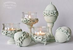 Egg Crafts, Diy Home Crafts, Cute Crafts, Easter Crafts, Plaster Art, Wedding Champagne Flutes, Iron Orchid Designs, Creative Arts And Crafts, Decorative Mouldings