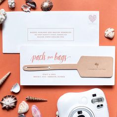 Loved creating these custom Save the Date luggage tags for @howheasked! When we started designing with Stacy we decided highlighting her beautiful wedding destination was the way to go. So we worked with artisans around the country to source this amazingly soft tan leather create the tag and add the personalized message. So perfect for this travel-loving couple and the perfect accessory for their guests as they make their way to the celebration! Thanks a mil to @mikkelpaige for styling and…