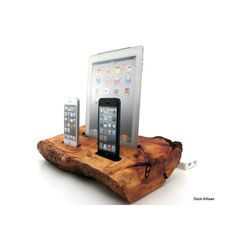 Live Edge Cedar iPad and Dual iPhone 5 Docking Station - Made to order