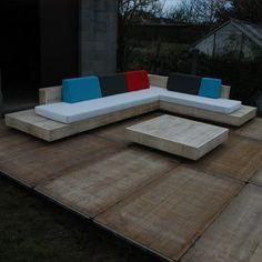 design loungeset / lounge bank / lounge meubel in accoya hout kan ook in gebruikt steigerhout (foto Meer info: www. Outdoor Couch, Diy Outdoor Furniture, Deck Furniture, Outdoor Lounge, Outdoor Rooms, Outdoor Living, Outdoor Decor, Deck Seating, Garden Seating