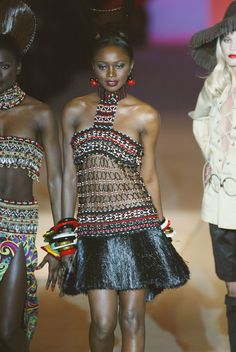 Yves Saint Laurent at Couture Retrospective Spring 2002 from the S/S 1967 Africa-inspired Bambara Collection.