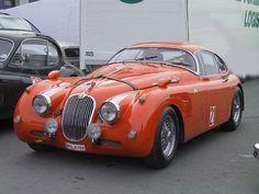 Jaguar XK 150.