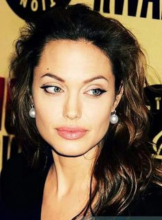 Angelina Jolie - One of the most beautiful women, ever.