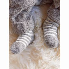 Barefoot Dreams Bamboo Chic Lite Infant Sock 3 Pack Who can resist little baby feet? We can't and we've got them covered with our silky soft bamboo chic lite socks. Each irresistible set comes with a 2 solid pairs and 1 stripe pair. Barefoot Dreams, Chic Baby, Knitted Baby Blankets, Baby Socks, Baby Feet, Little Babies, Baby Knitting, Special Gifts, Infant