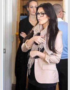 I want glasses like this... - Kim Kardashian Style