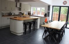 Industrial style kitchen/dining room extension on Victorian semi detached house. Industrial style kitchen/dining room extension on Victorian semi detached house. Kitchen Family Rooms, Living Room Kitchen, Home Decor Kitchen, New Kitchen, 1950s Kitchen, Kitchen Tips, Kitchen Ideas, 1930s House Interior Kitchens, Kitchen Interior