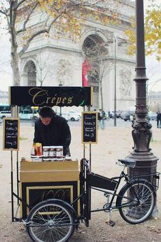 Crepes in Paris. Image via: http://vestidoslindosatelier.tumblr.com/post/119067099396