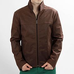 @Overstock - A sleek stand collar and tonal Italian leather lend style to this jacket from United Face. With two side pockets, this jacket is finished with clean lines and classic texture.http://www.overstock.com/Clothing-Shoes/United-Face-Mens-Vintage-Brown-Italian-Lambskin-Leather-Jacket/6305084/product.html?CID=214117 $204.99