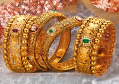 Exclusive Jewellery - Gold Bangle Designs