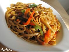 Noodle with vegetables Going Vegetarian, Vegetarian Recipes, Cooking Recipes, Healthy Recipes, Asian Recipes, Ethnic Recipes, Exotic Food, I Love Food, My Favorite Food