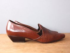 vintage woven shoes 8.5 / brown braided loafers / by GazeboTree