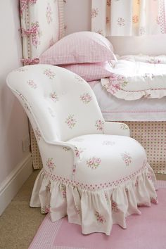 Bobby chair with gathered skirt - The Dormy House