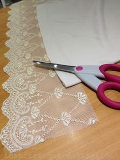 DIY: adding lace to lengthen a T-shirt ~~ cute for Em - maybe add to tank tops add a flutter/tulip sleeve