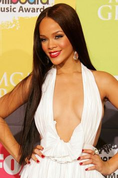 Rihanna's beauty transformations over the years: 2006