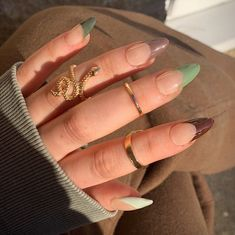 Brown Acrylic Nails, French Tip Acrylic Nails, Brown Nails, Best Acrylic Nails, Colored Nail Tips French, Dark Green Nails, Brown Nail Art, French Tip Nail Designs, Almond Nails Designs