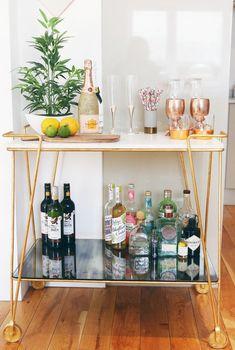 Interior Decorating Plans for your Home Bar – Gold Bar Cart Decor, Bar Decor, Apartment Bar, Small Bars, Bars For Home, Bar, Apartment Decor, Mini Bar, Home Bar Decor