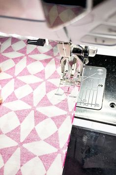 Handmade Heating/Cooling Pad | WeAllSew Sewing Machine Projects, Small Sewing Projects, Sewing Projects For Beginners, Sewing Tutorials, Sewing Crafts, Sewing Tips, Diy Heating Pad, Heating And Cooling, Heating Pads