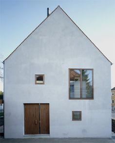 Vertikale holzverschalung schwarzmit fenster detail details pinterest suche und architekten - Meck architekten ...
