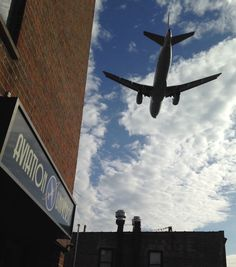 Chicago-O'Hare Airport's (KORD) new runway, 10R-28L, is now open. Aviation Universe is located in downtown Bensenville off the southwest corner of the field, by the new runway. It is now a prime location for Aircraft Spotters!
