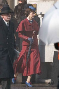 """""""Here is some more stills of Emily Blunt as #MaryPoppins in 'Mary Poppins Returns,' the new sequel to Disney's 1964 film 'Mary Poppins.'"""""""