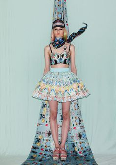 http://www.vogue.co.th/collections/article/issue