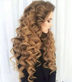 Image uploaded by Hair Goals. Find images and videos about fashion, style and hair on We Heart It - the app to get lost in what you love. 2015 Hairstyles, Pretty Hairstyles, Big Hair, Wavy Hair, Hair Pictures, Great Hair, Hair Dos, Gorgeous Hair, Hair Hacks
