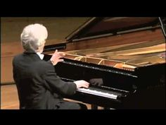 Krystian Zimerman plays Mozart Sonata No. 10 in C Major, K 330 (Complete)