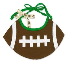 Football Baby Bib - wish i had a boy. Baby Sewing Projects, Sewing For Kids, Baby Bibs Patterns, Applique Patterns, Baby Gifts To Make, Toddler Themes, Baby Cooking, Baby Towel, Football Baby
