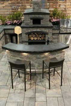 If you are looking for Outdoor Kitchen Counter, You come to the right place. Here are the Outdoor Kitchen Counter. This post about Outdoor Kitchen Counter was po. Small Outdoor Kitchens, Outdoor Kitchen Patio, Pizza Oven Outdoor, Outdoor Kitchen Design, Outdoor Rooms, Outdoor Living, Brick Oven Outdoor, Back Patio Kitchen Ideas, Out Door Kitchen Ideas
