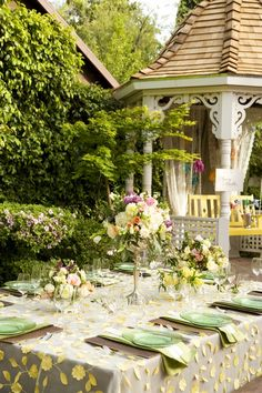 Whimsical Garden – A Yellow and Green Styled Shoot by Catrina Marie Designs