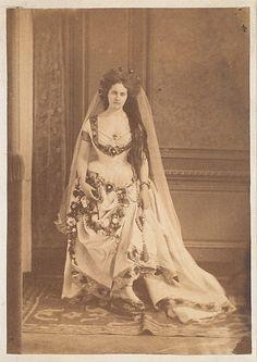 La Comtesse de Castiglione en costume de Reine de coeur,