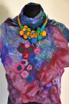hand made felt scarf Leather Bags Handmade, Felt, Fashion, Moda, La Mode, Fasion, Fashion Models, Trendy Fashion, Felting