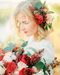 Получила сканы от @carmencitalab  и не могу налюбоваться красотой которую мы наснимали в Самаре! На фото прекрасная @mamadollyjudelulu в сказочных цветах от @lisi4ka_usova  макияж @dariagg_makeup // #carmencita #flowers #marsala #color #portrait #beauty #bride #bridal #amazing #lovely #fairytail #contax645 #shoots #filmnotdead #destinationwedding #fineartwedding #sun #bigday #gorgeous by olgaplakitina_photography