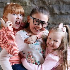 Welcome to the IFam! We are the Ingham Family from the UK. We are Chris (Dad), Sarah (Mum), Isabelle (aged Esmé (aged Isla (aged our new baby b. Family Of Five, Horse Videos, Bratayley, Youtube Stars, 2017 Photos, Friend Photos, Cute Photos, New Baby Products, Baby Boy