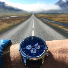 The weather finally cleared up in Iceland. We made a last minute decision to drive all the way around the island. Glad we did, because it gave us views like this  ⌚️ #wingmanwatches #aviatorwatch #chronograph #iceland #travel #sleptinthecar #pilotwatch